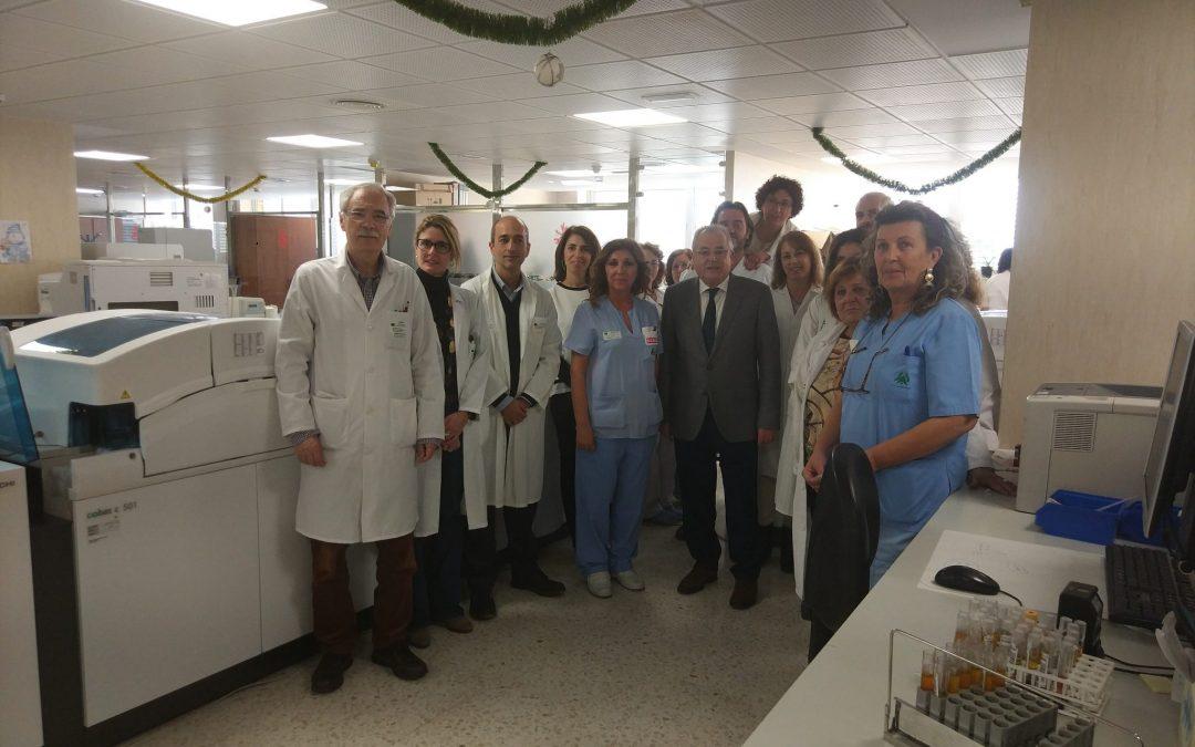 El Hospital de Riotinto completa la reforma integral y la dotación de nuevo equipamiento tecnológico en el área de Laboratorio