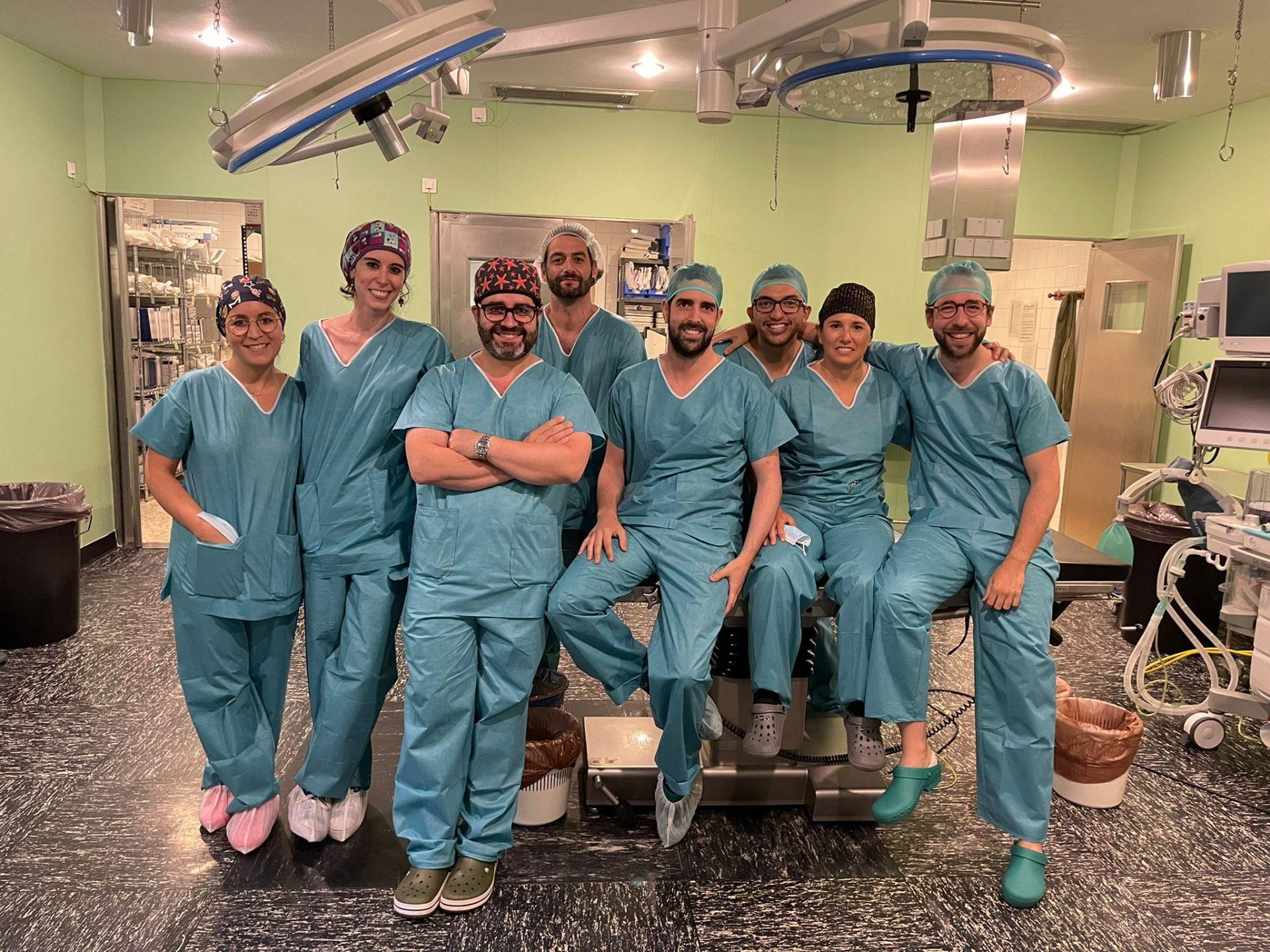 El Servicio de Cirugía del Hospital de Riotinto ofrece formación sobre las nuevas técnicas quirúrgicas de pared abdominal
